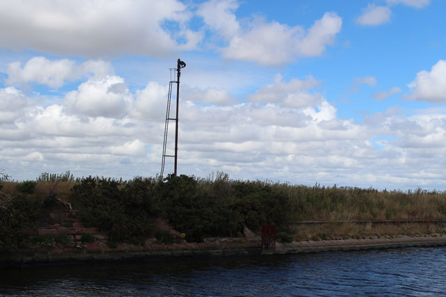 Manchester Ship Canal - Stanlow (air draught gauge)