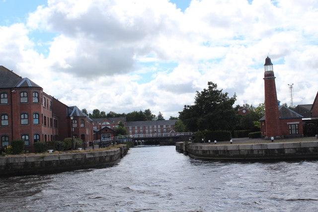 Manchester Ship Canal - Ellesmere Port