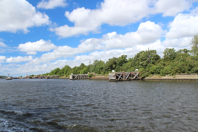 Manchester Ship Canal - Approaching Eastham Locks