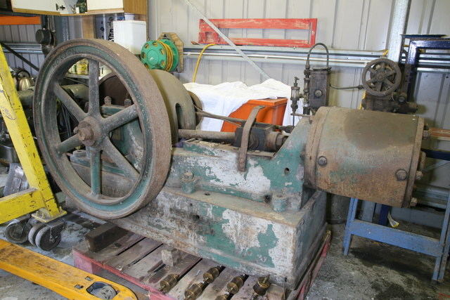 Stationary steam engine from collection chris allen for Stationary motors for sale