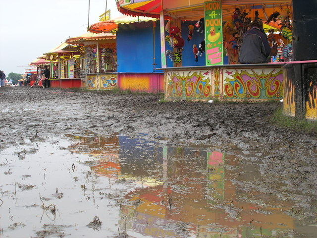 mud at the hoppings in newcastle 2007  u00a9 andrew tryon cc
