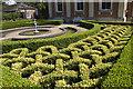 SO7919 : Knot Garden, Highnam Court : Week 31
