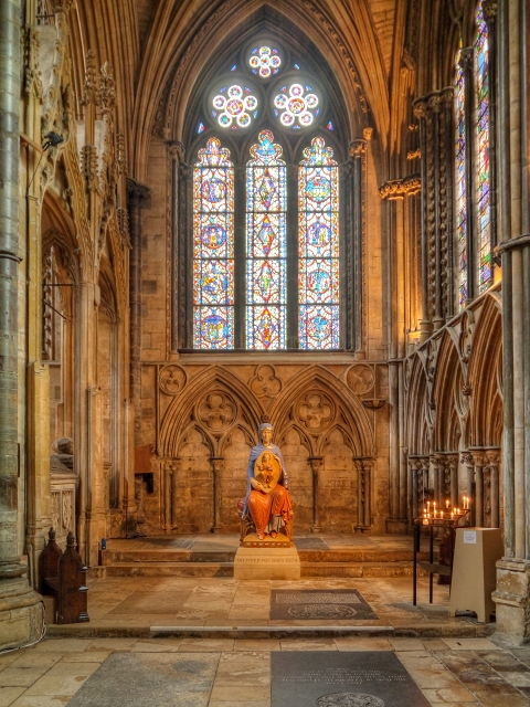Lincoln Cathedral Interior 169 David Dixon Cc By Sa 2 0 Geograph Britain And Ireland