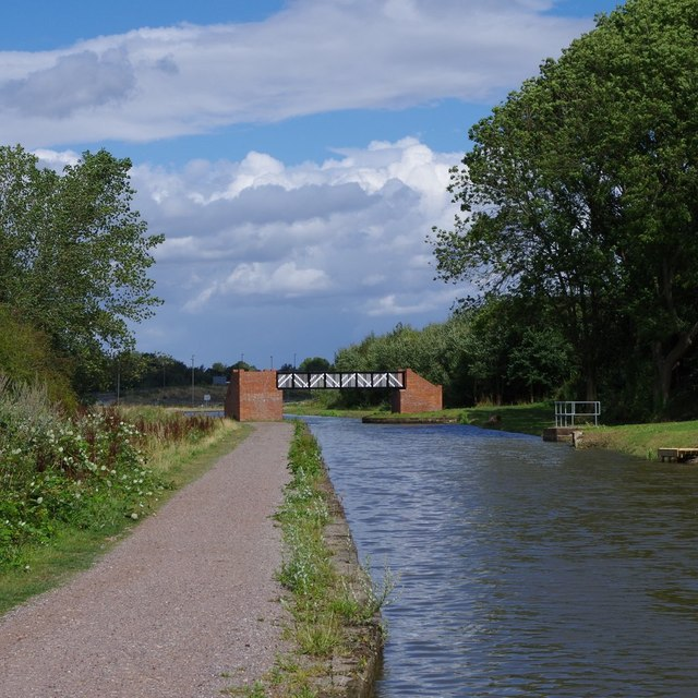 Chesterfield Canal near Staveley
