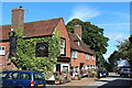TQ6724 : Rose & Crown, Burwash by Oast House Archive
