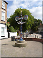 SK7371 : Fingerpost in Tuxford Market Place by Alan Murray-Rust