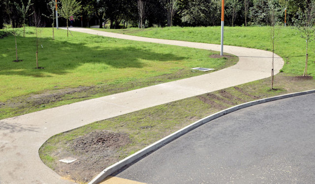 Flood embankment and path, Victoria Park, Belfast - August 2014(1)
