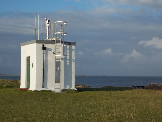 Scarinish: the lighthouse
