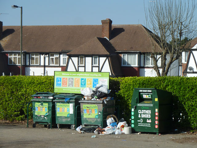 Inadequate recycling bins