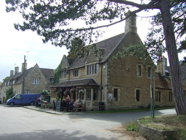 The Kings Head pub, Apethorpe