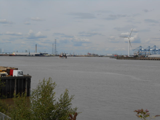 The Thames at Northfleet