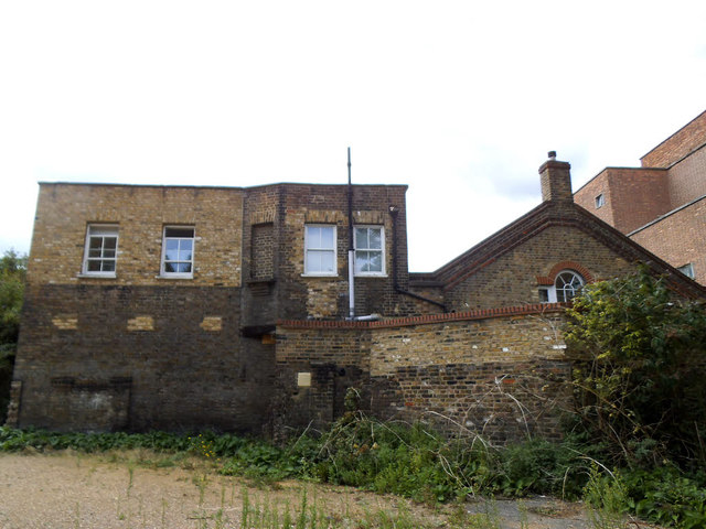 Building behind the Greenwich Gallery