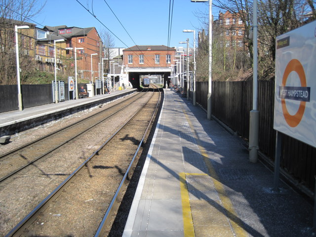 West Hampstead (North London Line) railway station