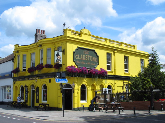 The Gladstone, Lewes Road / Gladstone Place, BN2