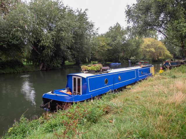 Narrow Boat on the Cam