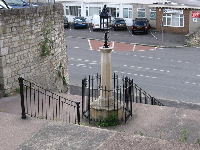 Maltby - Crossley Memorial