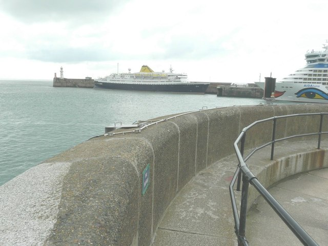 MV Azores moored beside the Admiralty Pier