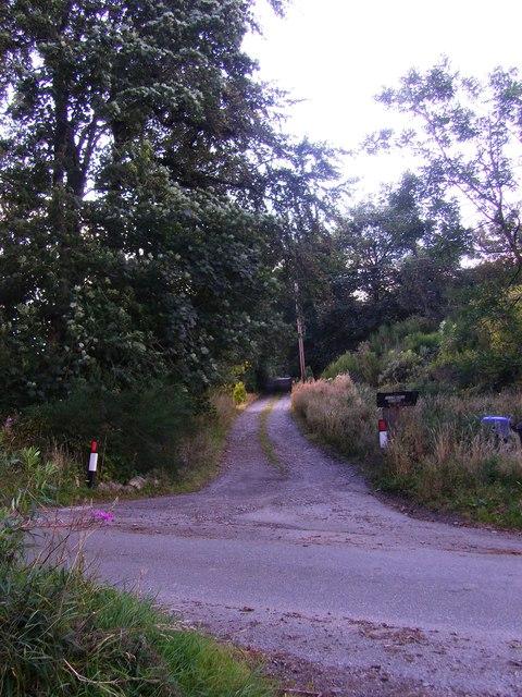 Minor road junction at Tillynickle
