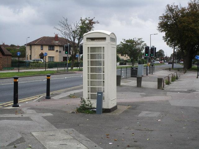 Phone box and Marfleet Lane