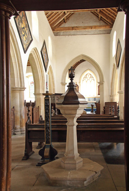 St Martin of Tours, Houghton - Font