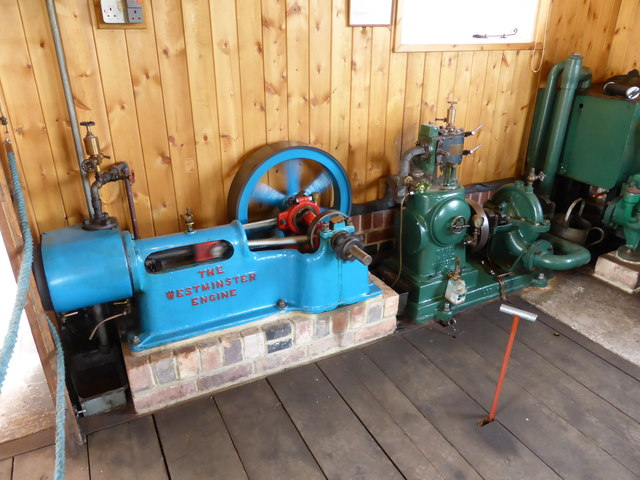 Claymills Victorian Pumping Station - small steam engines