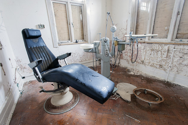 Abandoned dentist surgery, Langdon Hospital