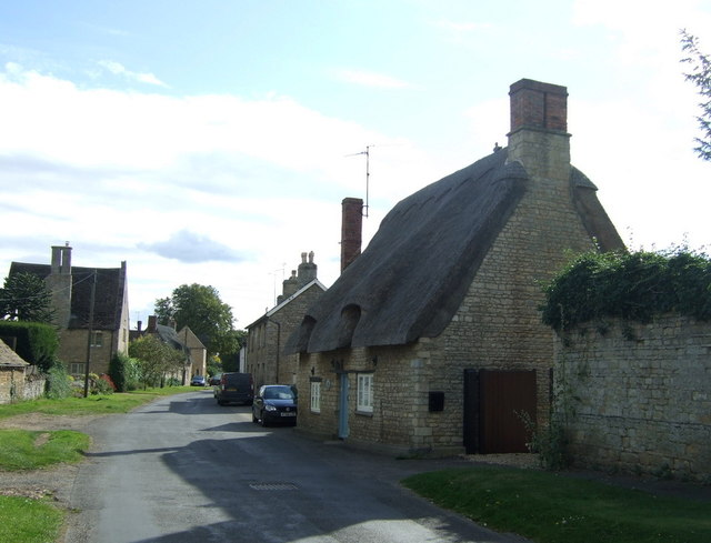 Thatched cottage, Elton