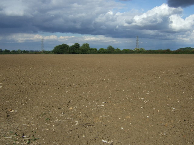 Field north of Oundle Road