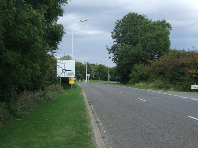 Oundle Road (A605) approaching roundabout