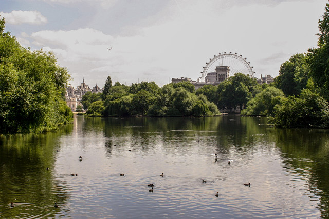 St.James's Park Lake