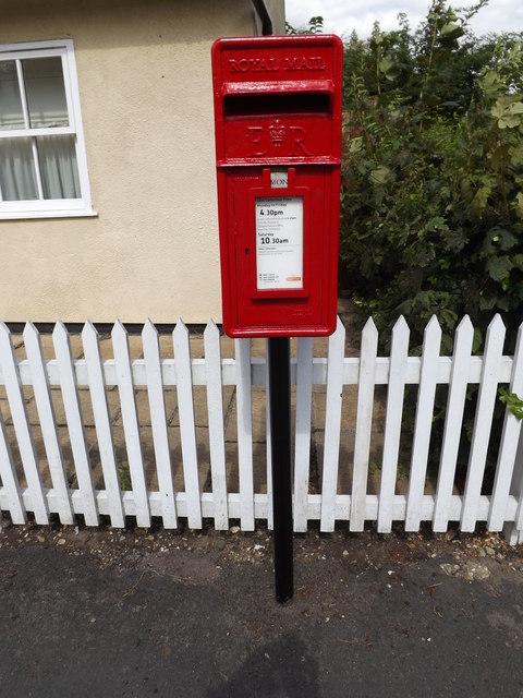 Burnt Oak Corner Postbox