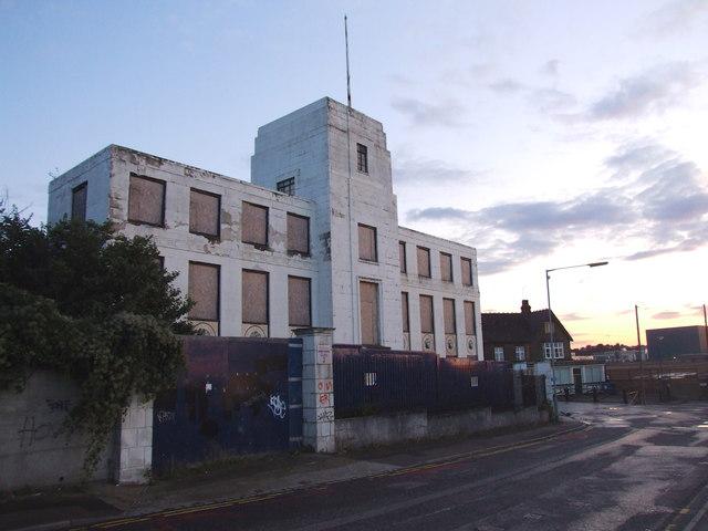 W T Henley/ AEI office building, Northfleet