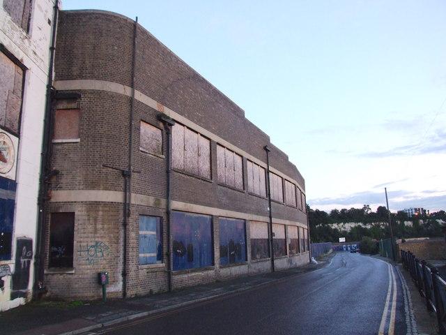 Crete Hall Road, Northfleet