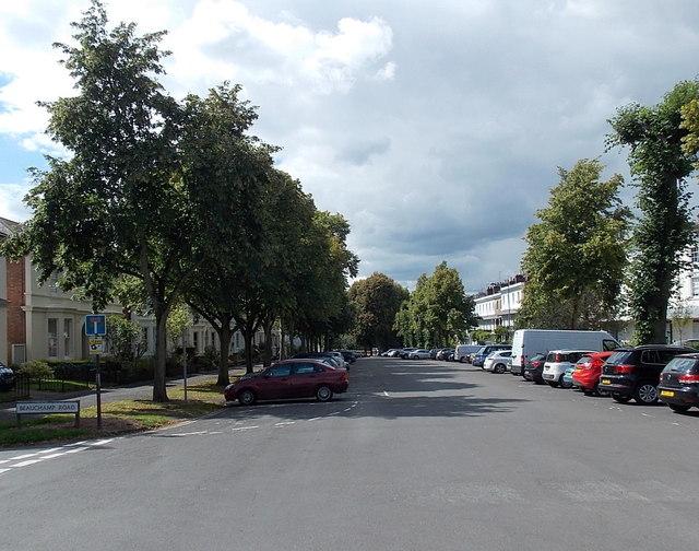 Western end of Binswood Avenue, Royal Leamington Spa