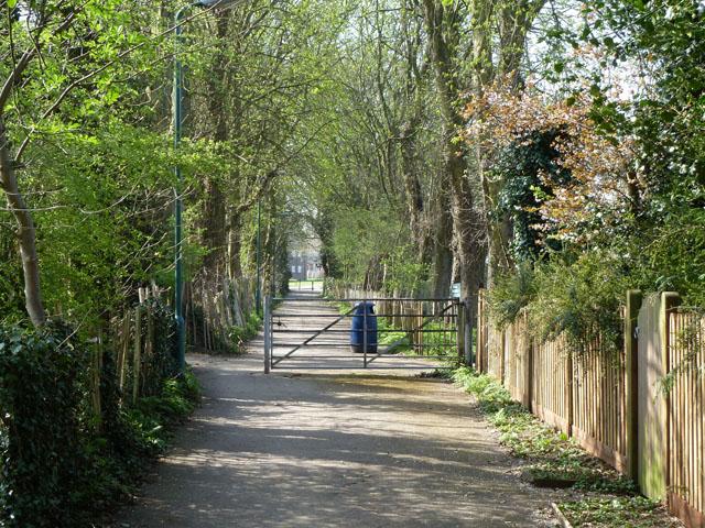 Bridleway to Grove Lane