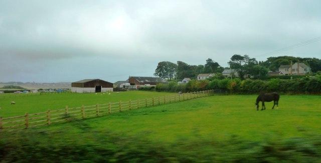 Fields and fences near North Hills Farm