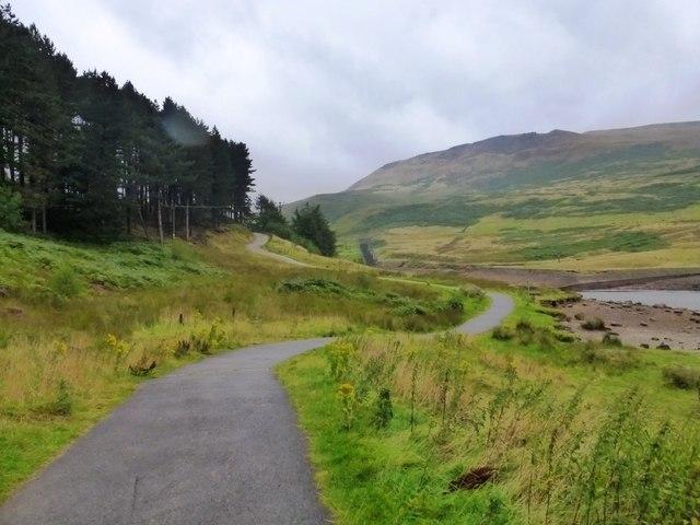 Footpath around Dove Stone Reservoir