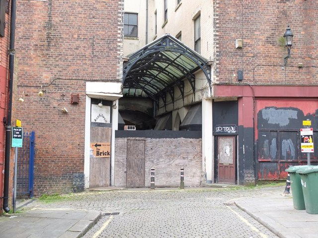 Passageway linking Library Street and King Street, Wigan