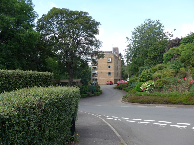 Looking from Sauchie Road across to Manor Court