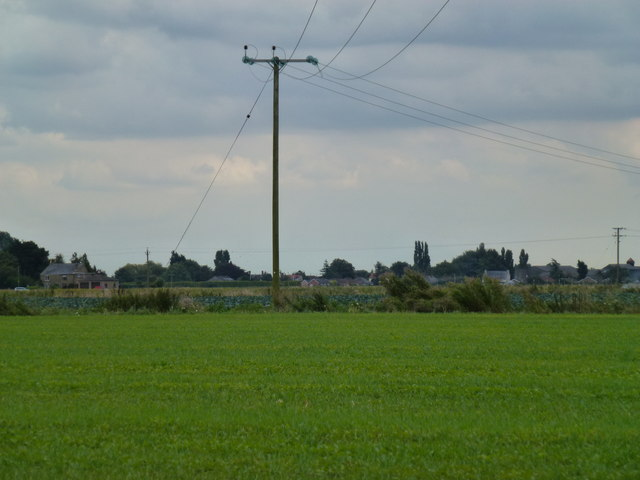 Power lines crossing Quadring High Fen