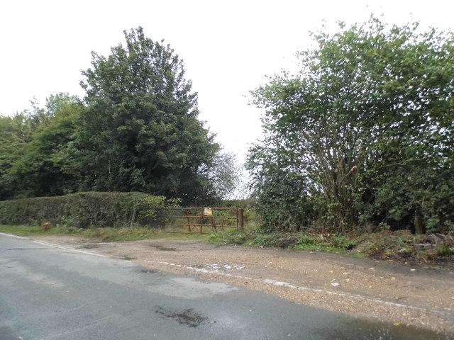 Field entrance on Denham Lane