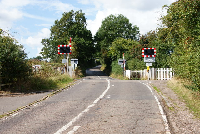 Level crossing on Loxley Lane