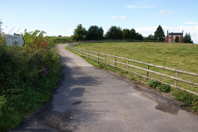 Track to Mossbeds Farm