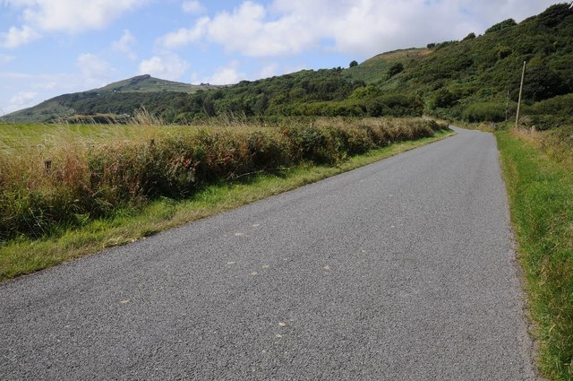 Road approaching Rhiw