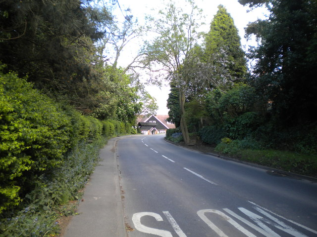 Lambley Road entering Lowdham