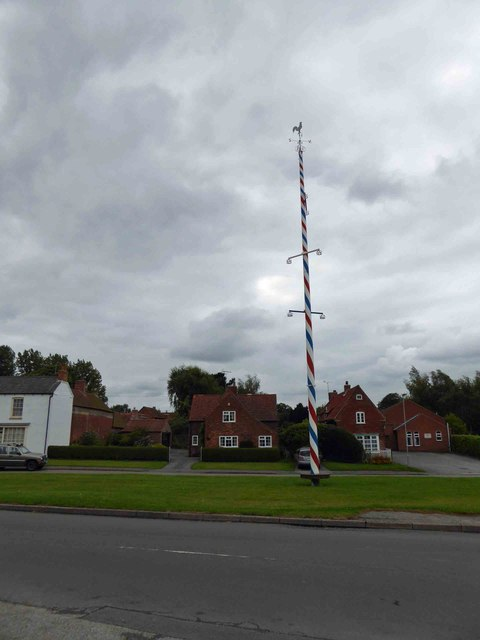 The Maypole on Wellow Green