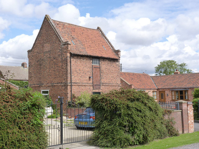 Pigeoncote at Bowerhayes, East Markham