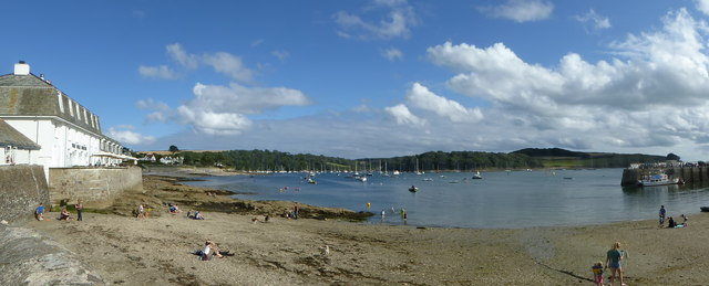 St Mawes Harbour panorama