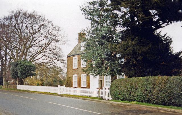 Pipwell Manor, Saracens Head 2000
