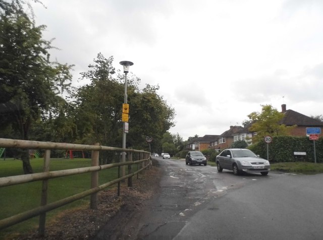 Slade Oak Lane at the junction of Lower Road